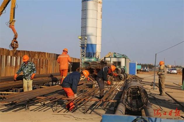 海口首条越江隧道围堰吹填本月底完工,力争明年4月建成通车!